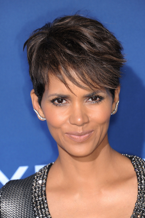 pixie short fringe hairstyle