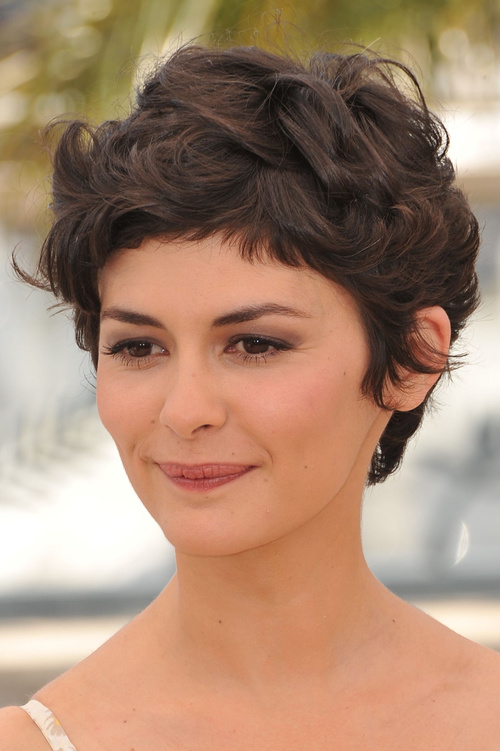 40 Сharming Short Fringe Hairstyles for Any Taste and Occasion