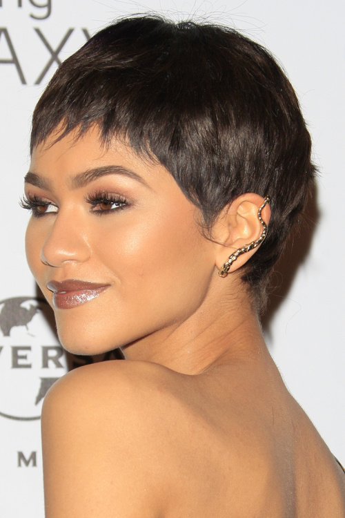 Peachy Pixie Haircuts With Bangs 40 Terrific Tapers Short Hairstyles For Black Women Fulllsitofus