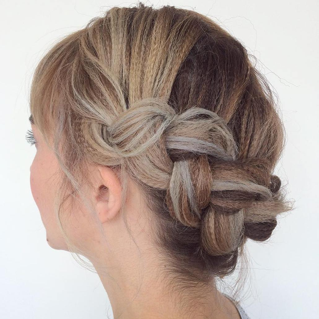 How to do a cute easy updo