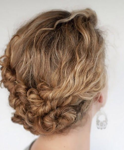 40 creative updos for curly hair curly updo for shorter hair solutioingenieria Gallery