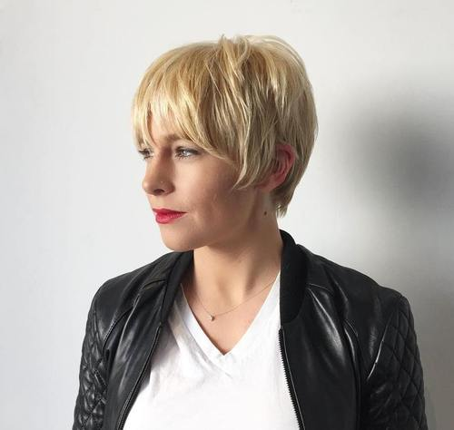 Short Layered Blonde Hairstyle For Women