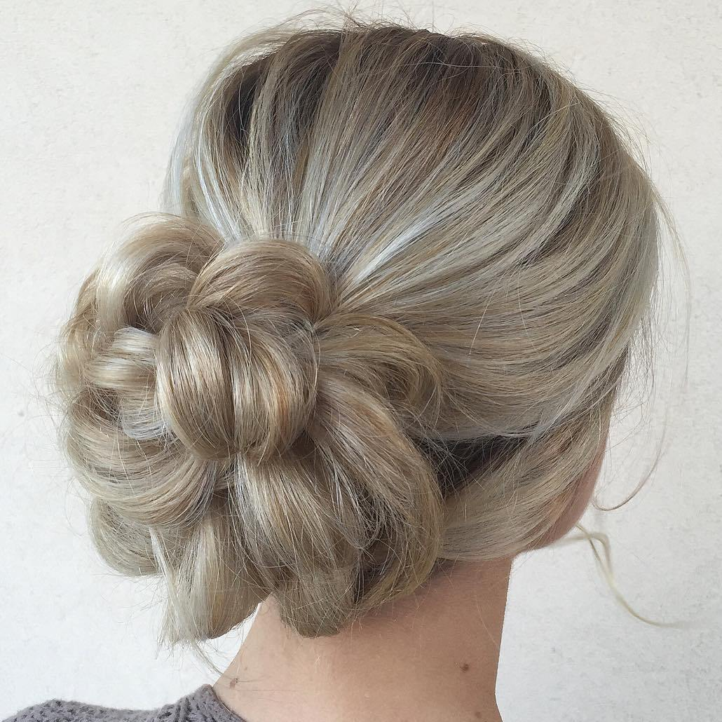 40 Updos for Long Hair \u2013 Easy and Cute Updos for 2019