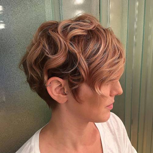 long wavy pixie with highlights
