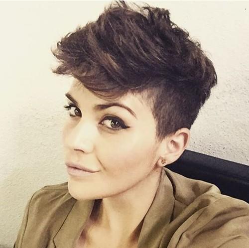 women's short edgy haircut