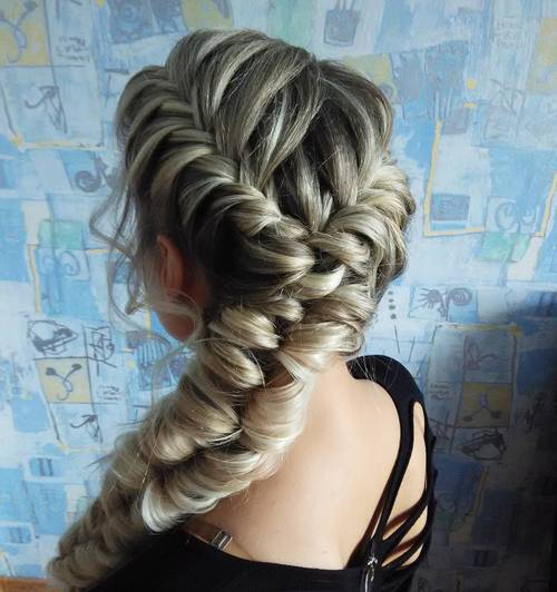 Awesome The Right Hairstyles
