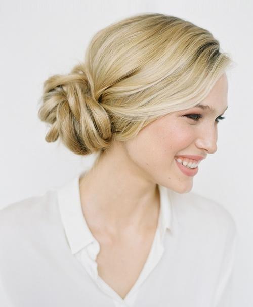 Peachy 17 Elegant Updos For Pretty Ladies Hairstyles For Women Draintrainus