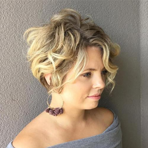 Messy Dirty Blonde Bob Hairstyle
