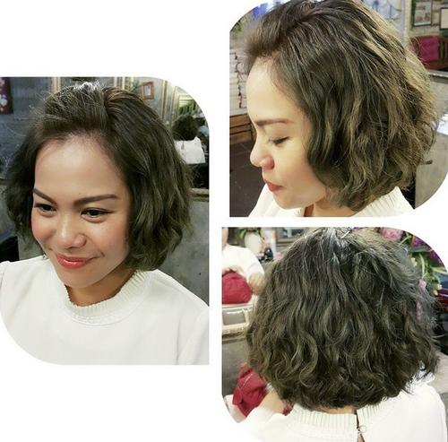 Rounded bob haircut for wavy hair