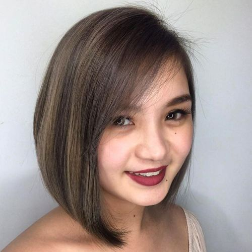 Angled Collar-Bone Brunette Bob