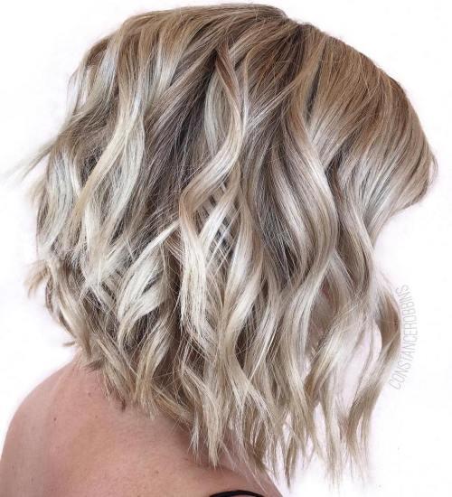 Wavy Blonde Lob
