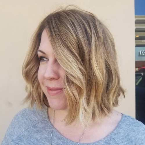 Wavy Chopped Honey Blonde Bob