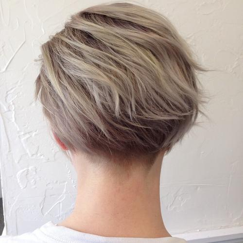 Outstanding 40 Gorgeous Wavy Bob Hairstyles With An Extra Touch Of Femininity Hairstyles For Women Draintrainus
