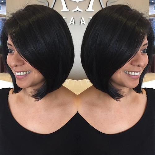 14.Rounded collarbone bob