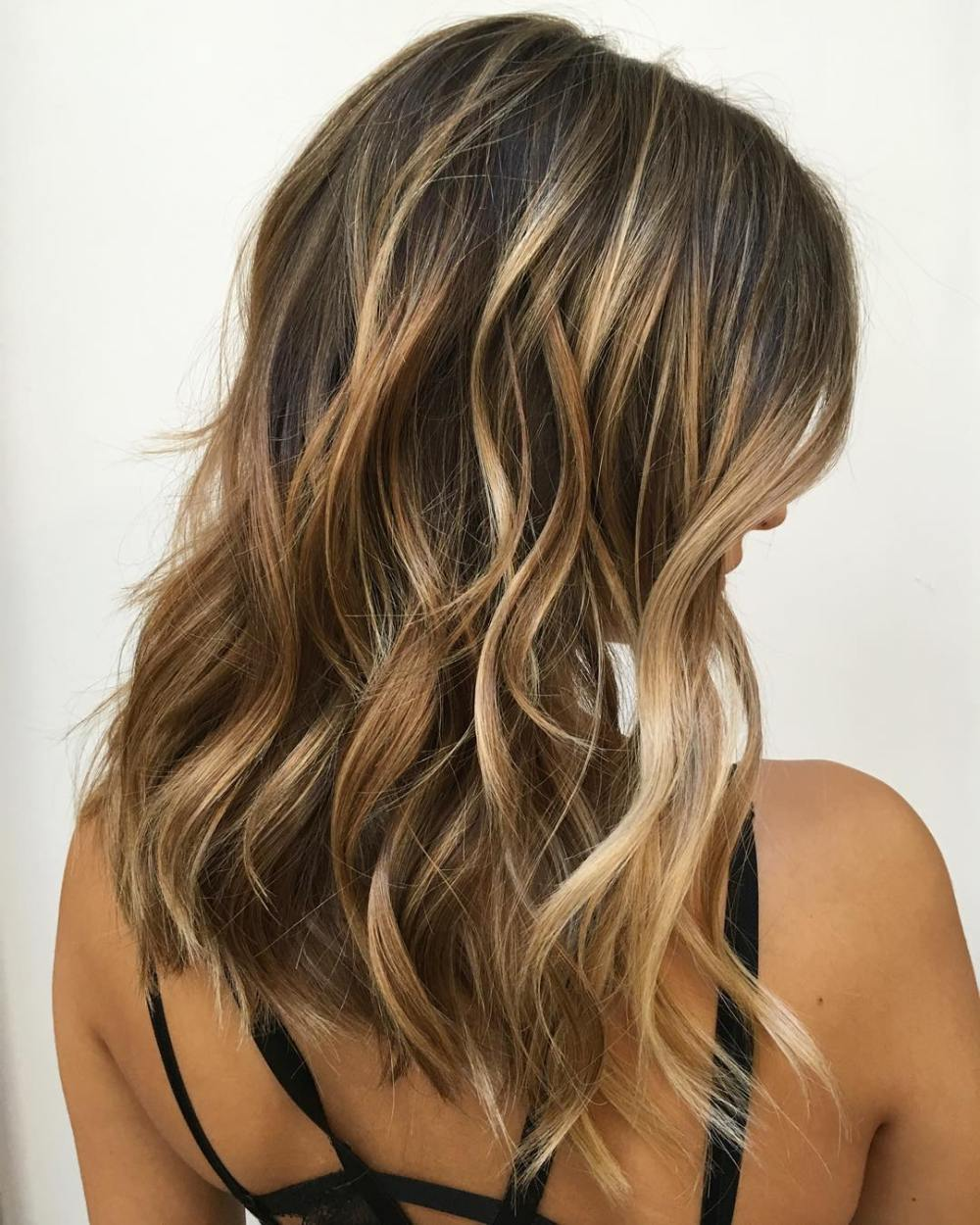 trubridal wedding blog 90 balayage hair color ideas with blonde brown and caramel highlights. Black Bedroom Furniture Sets. Home Design Ideas