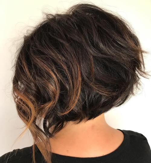 Messy Brunette Bob With Caramel Highlights