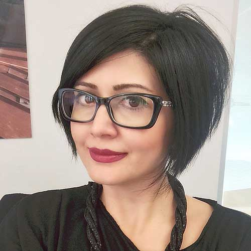 short side-parted inverted bob