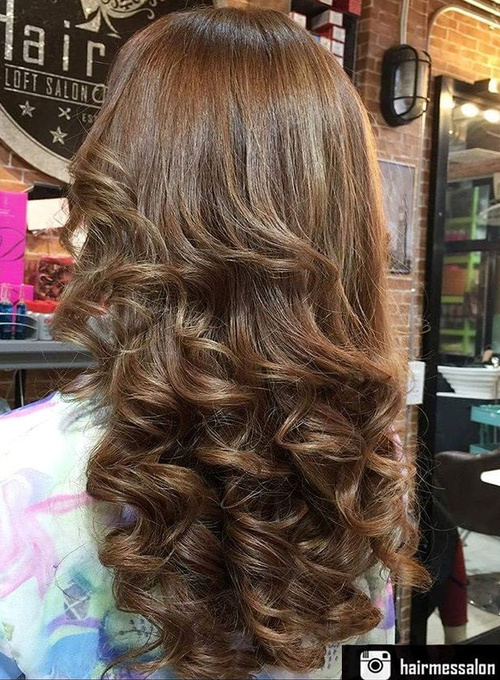 Wonderful Long Loose Curly Hairstyle