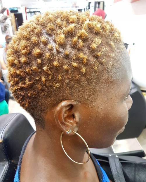 textured blonde TWA
