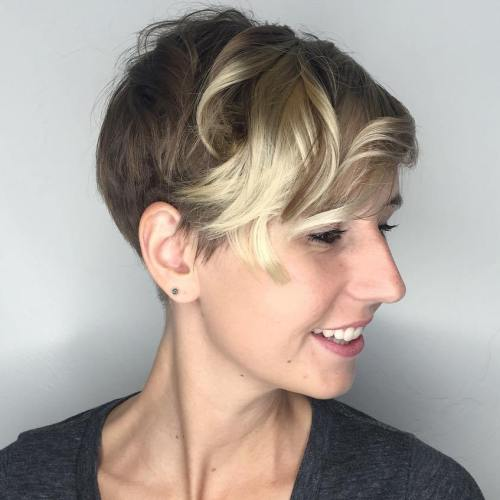 asymmetrical messy blonde pixie