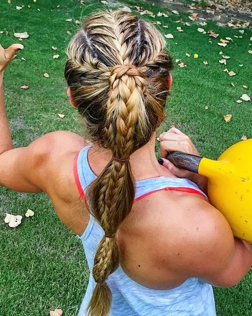 40 best sporty hairstyles for workout the right hairstyles braided sporty ponytail for long hair solutioingenieria Image collections