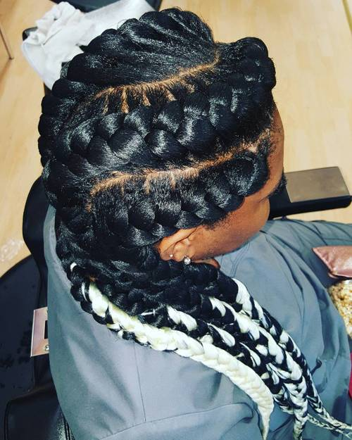 curvy black goddess braids