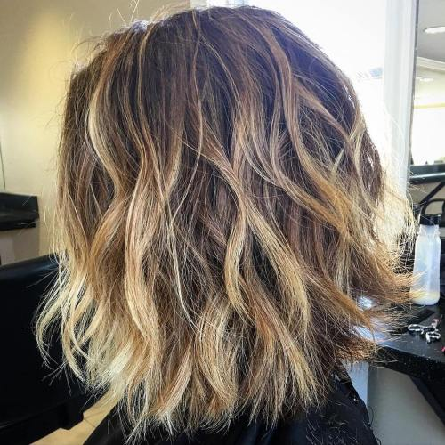 Shaggy Brown Bob With Blonde Highlights