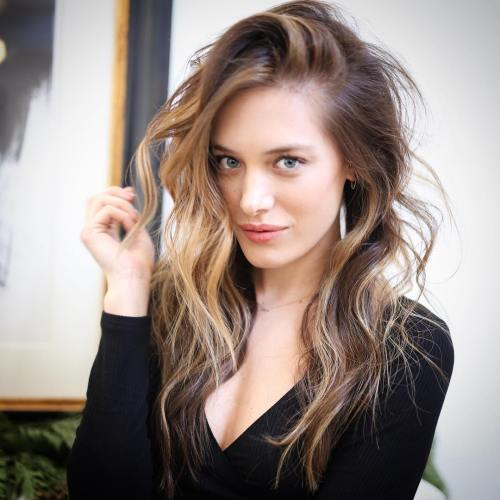 Long Messy Side Part Hairstyle