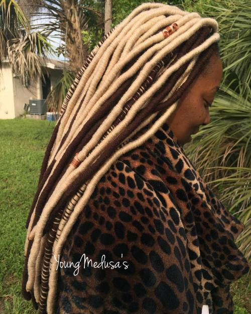 Brown And Blonde Yarn Wraps