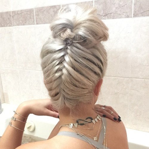 Bun With An Upside Down Fishtail