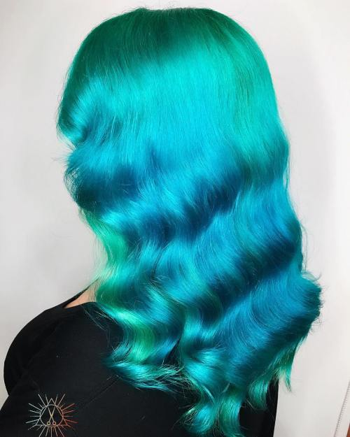 Teal Hair With Highlights