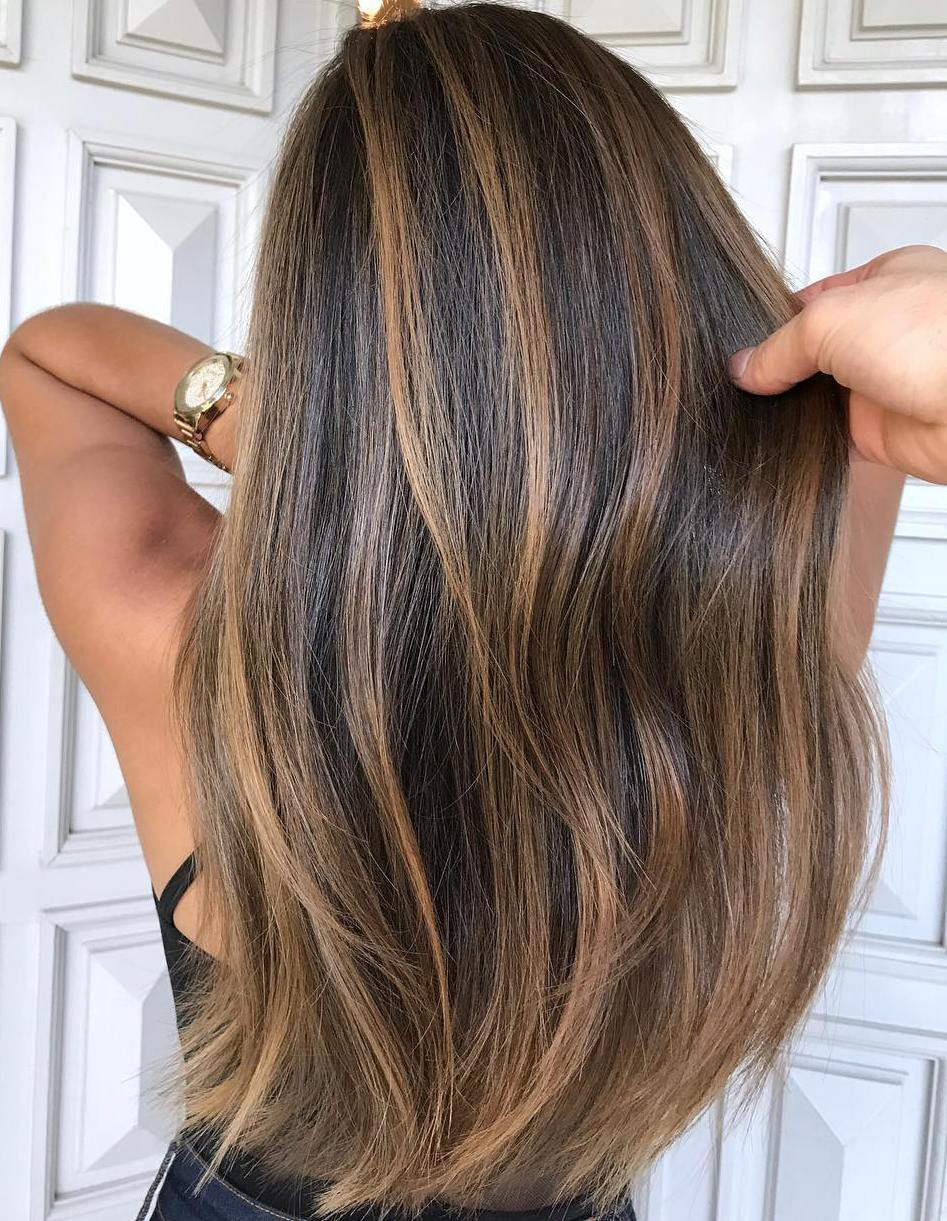 20 Natural,Looking Brunette Balayage Styles