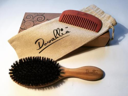 Dovahlia Boar Bristle Brush