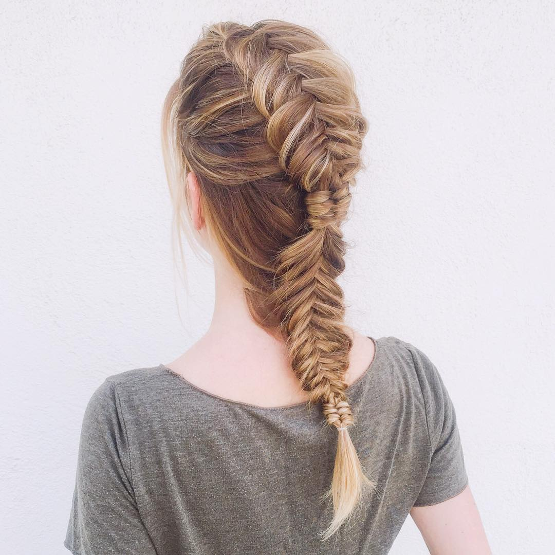 Interrupted Fishtail Braid