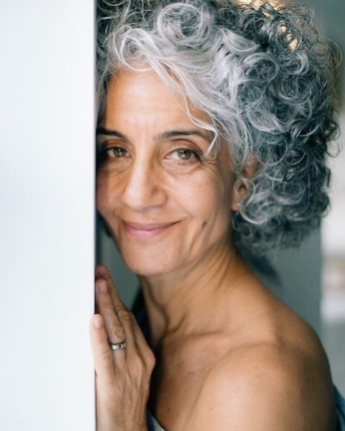 Short Curly Hairstyle for Silver Fox