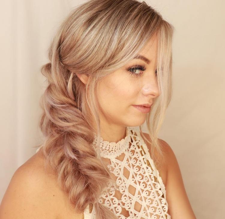 Voluminous Fishtail With Extensions