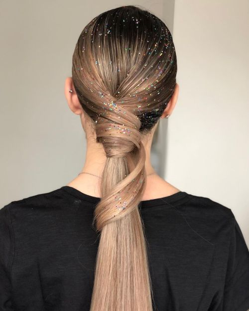 Shimmering Ponytail With a Twist