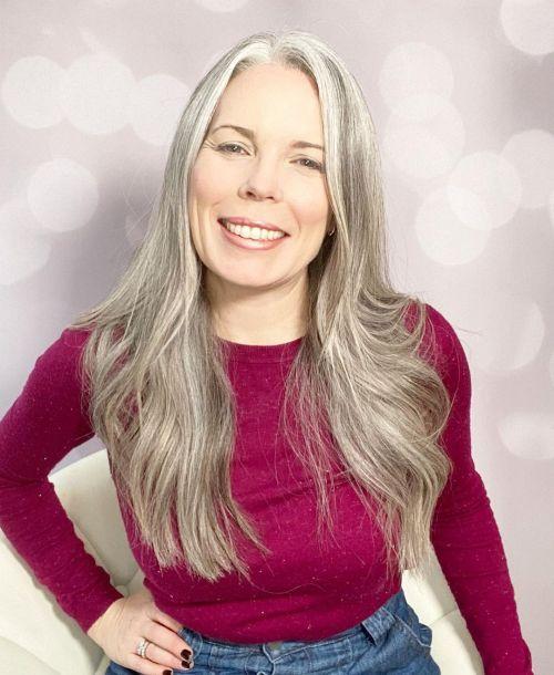 Healthy and Moisturized Silver Hair