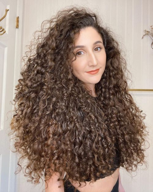 Curly Hair Styled with Leave-In Conditioner Oil and Gel