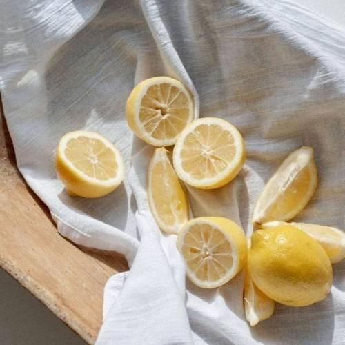 Lemon Juice for Lightening Hair