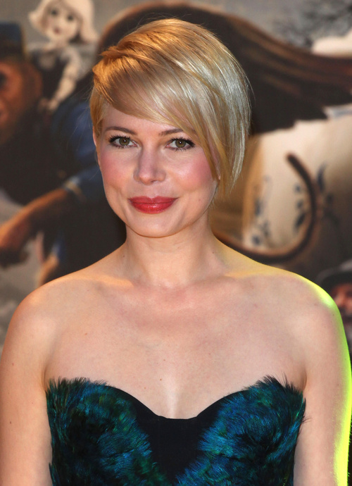 Michelle Williams short blonde haircut