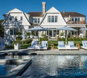 Sag-Harbor-Outdoor-Design-Pool-Area-facing-House