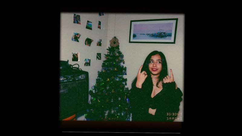 do/don't song release by Saachi: vintage polaroid aesthetic of christmas