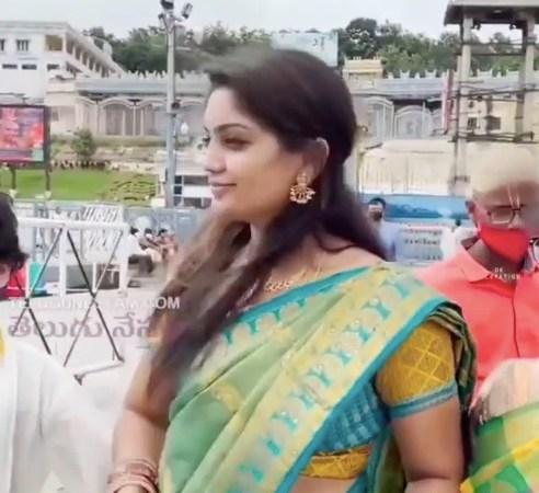ஒரே வீடியோவில் இணையத்தில் வைரலாகும் இளம் பெண்!