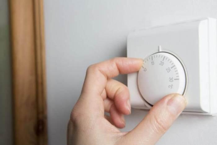 désembouage Entretien Dépannage Énergie Chauffauge ThermoSTART ThermoPLUS Fernox GAZ MAZOUT BOIS SOLAIRE CHARBON