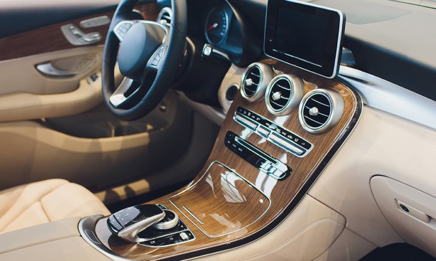 Thermal Effusivity of Automotive Interiors