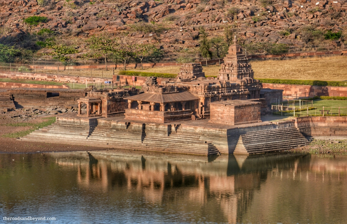 Travel guide to Badami, Aihole, Pattadakal and Mahakuta