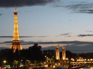 Eiffel night post