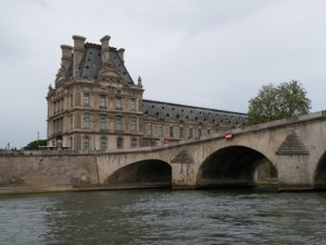 Louvre river day