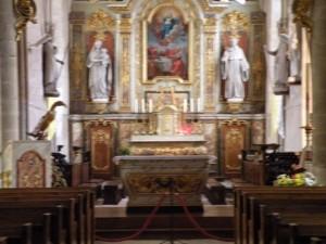 Inside Eglise